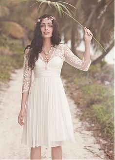 Chiffon fabric, A-line silhouette, V-neckline, Empire waist #Short #Wedding #Dress for Boho bride ♡ For how to organise an entire wedding ... on a budget https://itunes.apple.com/us/app/the-gold-wedding-planner/id498112599?ls=1=8 ♥ THE GOLD WEDDING PLANNER iPhone App ♥ http://pinterest.com/groomsandbrides/boards/ for an abundance of wedding ideas ♡
