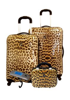 Heys luggage ♥ Own this set in Black and White Paisley.