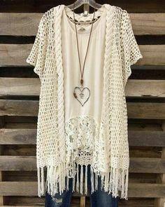 43 Ideas Crochet Cardigan Kimono Style For 2019 Gilet Crochet, Crochet Jacket, Crochet Cardigan, Crochet Shawl, Knit Crochet, Crochet Style, Cardigan Pattern, Easy Crochet, Kimono Fashion