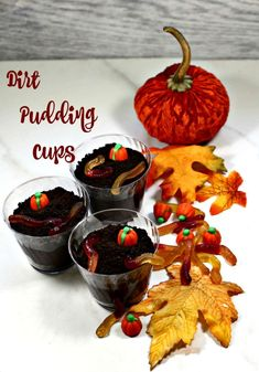 Dirt pudding with gummy worms and candy pumpkins make the perfect Halloween sweet treat. These fun Halloween dirt cups will delight your kids in a spooky kind of way. #dirtcups #puddingdirtcups #halloweendirtcups #spookydessert Dirt Pudding Cups, Dirt Cups, Halloween Themed Food, Spooky Food, Fancy Desserts, Fall Treats, Food For A Crowd, Healthy Dessert Recipes, Food Processor Recipes