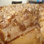 Moist and delicious sour cream coffee cake Cream Cheese Coffee Cake, Sour Cream Pound Cake, Cinnamon Coffee, Pound Cake Recipes, Scone Recipes, Breakfast Dishes, Breakfast Ideas, Breakfast Recipes, Cupcake Cakes