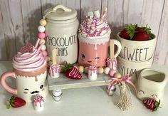 Chocolate Marshmallows, Hot Chocolate Bars, Valentine Decorations, Valentine Crafts, Valentine Ideas, Fake Cupcakes, Fake Cake, Diy Whipped Cream, Hot Cocoa Bar