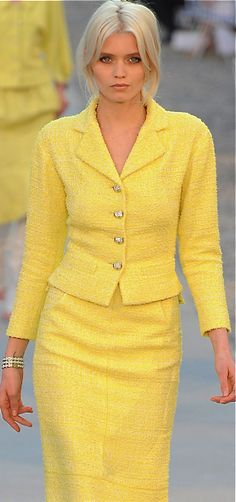 This Chanel suit is perfect! I never find yellow like this, love it!