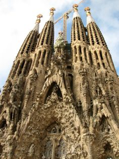 Sagrada Familia, when you are completed in 2030, I shall see you again. #Barcelona