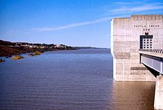 Manhattan, KS : Tuttle Creek Dam - MANHATTAN, KANSAS