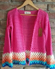 Our shrugs are the perfect strategy to subtly put love to actually clothing and yet looking trendy. Gilet Crochet, Crochet Vest Pattern, Crochet Coat, Crochet Jacket, Crochet Cardigan, Easy Crochet Patterns, Crochet Shawl, Crochet Designs, Crochet Clothes