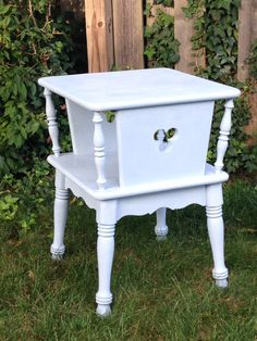 Vintage Ethan Allen Solid Maple End Table Refurbish In Annie Sloan Louis  Blue Chalk Paint And