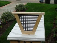 queen excluder for my top bar hive. yup... would love to make this.