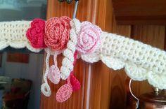 A beautiful Baby Cardigan Baby Coat Hangers, Clothes Hangers, Crochet Coat, Crochet Baby, Tunisian Crochet, Crochet Stitches, Tin Can Art, Belt Hanger, Crotchet Patterns