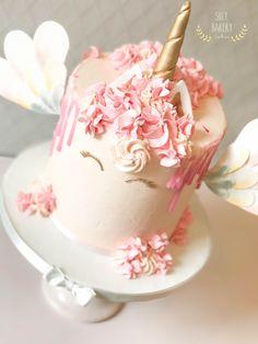 Unicorn cake Green Birthday Cakes, Bakery Cakes, Fondant, Party, Desserts, Unicorn, Google Search, Food, Tailgate Desserts