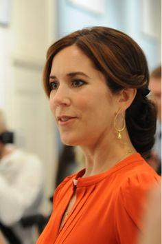 Princesses' lives: Crown princess Mary