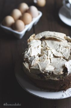 Starbooks: CHOCOLATE AND HAZELNUT MERINGUE CAKE - TORTA AL CIOCCOLATO E MERINGA ALLA NOCCIOLA