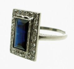 Anillo francés de principios del siglo XX con diamantes y un zafiro - French1900's ring with diamonds and a blue shappire