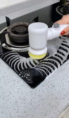 Cool Gadgets To Buy, Cool Kitchen Gadgets, Home Gadgets, Cooking Gadgets, Cool Kitchens, Home Organization Hacks, Kitchen Organization, Kitchen Helper, Cool Inventions