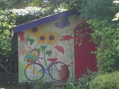 sunflowers painted on sheds | ... Shed Mural, with Sunflower Mural, Bicycle Mural and Poppies Mural