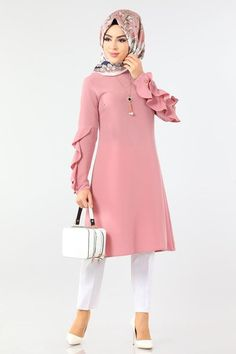 Modern Hijab Fashion, Muslim Women Fashion, Muslim Dress, Hijab Dress, Stylish Dresses, Fashion Dresses, Korean Blouse, Hijab Stile, Sleeves Designs For Dresses