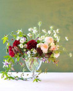 DIY | Holiday Passion and Peonies | Kiana underwood | tulipina.com