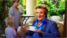 Video: Rod Stewart's Sons Sing 'Come on You Boys in Green'