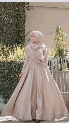 Fashion Tips Body Elegant Hijab Dress Dress Muslim Modern, Dress Brokat Modern, Kebaya Modern Dress, Kebaya Dress, Muslim Dress, Kebaya Hijab, Dress Pesta, Hijab Prom Dress, Hijab Gown