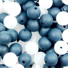 Perlenmix: schwarz-weiß Fruit, Design, Monochrome
