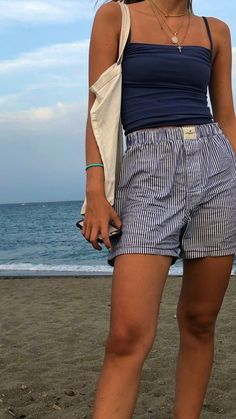 Ropa Teen Wolf, Surfergirl Style, Look Fashion, Fashion Outfits, Unique Fashion, 90s Fashion, Fasion, Jugend Mode Outfits, Looks Pinterest