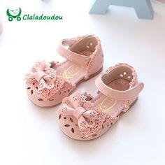 ed946811ab571 Claladoudou Nouveau Printemps D été Princesse Bébé Sandales Mignon Arc  Creux Fille En Cuir Chaussures