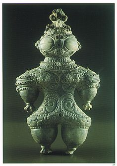 Japanese Wonder ceramic figurine.    B.C.3,300 - 2,800  This figurine was unearthed on Ebisuda Miyagi Japan. it is one of those artifacts that fuel the fire for ancient alien visitation. You can kinda see why.