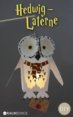 Lantern Hedwig with free instructions for little Harry Potter fans, DIY, Dow . - basteln - Crafts world Harry Potter Halloween, Harry Potter Diy, Harry Potter Fiesta, Classe Harry Potter, Harry Potter Birthday, Hedwig Harry Potter, Fall Crafts, Halloween Crafts, Diy And Crafts