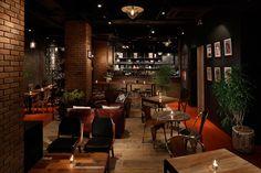 自由が丘に誕生した大人のための食堂「BLUE BOOKS cafe 自由が丘」 (1/2)|ニュース|Excite ism(エキサイトイズム)