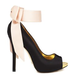 Gorgeous Kate Spade Shoe. Perfect for the holidays! #Pink #Bow #Shoes #KateSpadeNY