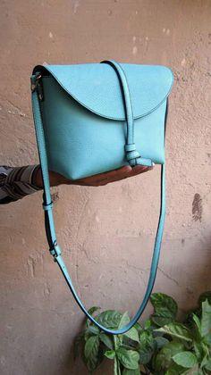 Aqua Little Stella, Chiaroscuro, India, Pure Leather, Handbag, Bag, Workshop Made, Leather, Bags, Handmade, Artisanal, Leather Work, Leather Workshop, Fashion, Women's Fashion, Women's Accessories, Accessories, Handcrafted, Made In India, Chiaroscuro Bags - 5
