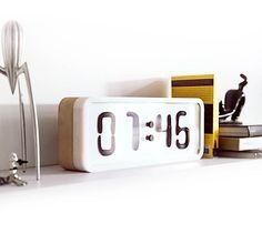Rhei – Eine Uhr bringt die Zeit zum Fließen | KlonBlog