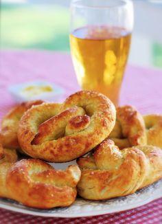Homemade buttered pretzels #recipe