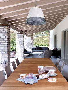 FAR Arreda portico arredato Modern Bungalow House, Sweet Home, Villa, New Homes, Cottage, Backyard, House Design, Interior Design, Architecture
