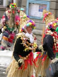 masopust masky - Hledat Googlem Winter Art, Hana, Celebration, Easter, Halloween, Spring, Carnavals, Easter Activities, Spooky Halloween