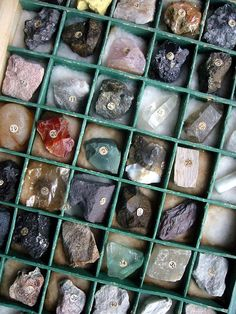 vintage mineral and rock specimens by copabananas, via Flickr