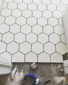 White octagon cement tile in bathroom via Rafterhouse @_rafterhouse_