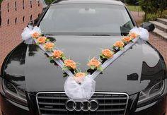 stuhy na kapotu svatba Tulle Decorations, Wedding Car Decorations, Wedding Crafts, Bridal Car, African Wedding Attire, Planner Decorating, Orange Wedding, Flower Arrangements, Bridal Shower