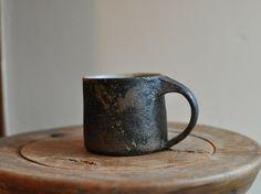 Motoko Endo - Cup #ceramics #Japanese_ceramics #pottery #Japanese_pottery #cup #mug