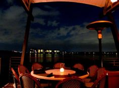 Enjoy dining with a beautiful view @season Smith 52 Orlando