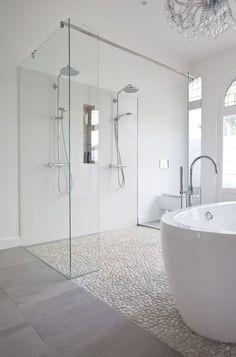 Von Kieselsteinen bis zum luxuriösen Marmor, alle Steine gibt's bei Http://HartWieGranit.com