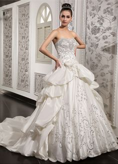 sweetheart taffeta wedding dress