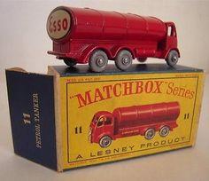 RARE VINTAGE MATCHBOX LESNEY NO.11 ESSO PETROL TANKER MINT IN BOX BR - http://www.matchbox-lesney.com/37680