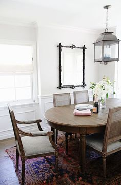 Back In Style Me Pretty Posted A Beautiful Home Tour Designed By Irene Lovett From Designstiles