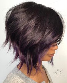 Brown Bob With Subtle Purple Balayage. 20 Purple Balayage Ideas from Subtle to Vibrant Short Hair With Layers, Short Hair Cuts, Short Hair Styles, Edgy Pixie Cuts, Wavy Layers, Purple Balayage, Balayage Bob, Balayage Hairstyle, Caramel Balayage