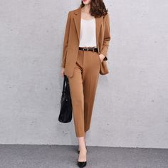 33 Business Formal Outfit Ideas That Will Make You Feel Inferior Classy Outfits For Women, Classy Work Outfits, Office Outfits, Casual Outfits, Office Wear, Casual Office, Formal Outfits, Office Uniform For Women, Classy Clothes