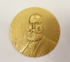 Tiffany & Co. (American, established 1837). Daniel Giraud Elliot Gold Medal with Case, 1921. The Metropolitan Museum of Art, New York. Purchase, Kenneth and Vivian Lam Gift, 2013 (2013.447a, b)