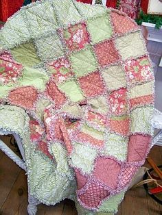 Summer Quilt camp for kids. Create a rag quilt in a week during summer break.