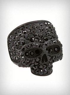 Black Sparkles Skull Ring - so buying this ring!