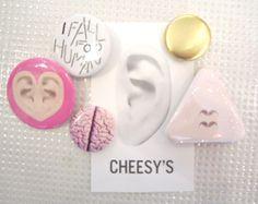 CHEESY'SCHEESYS 缶バッチセット